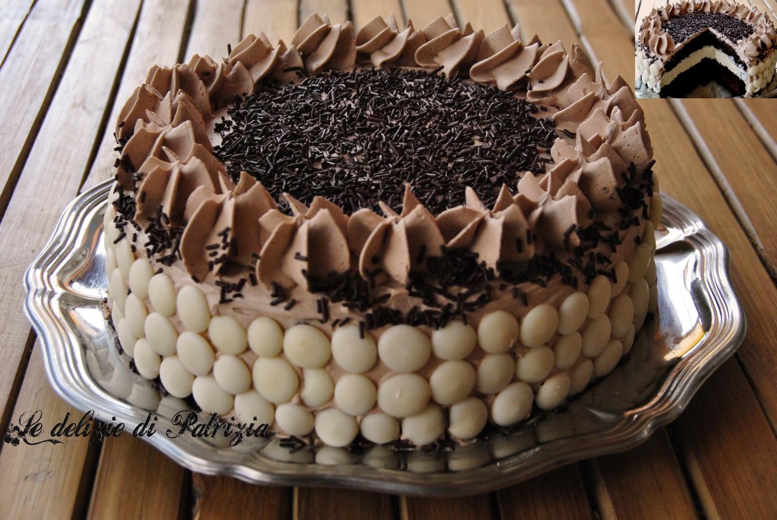 Tortina al cacao con chantilly e ganache alla gianduia