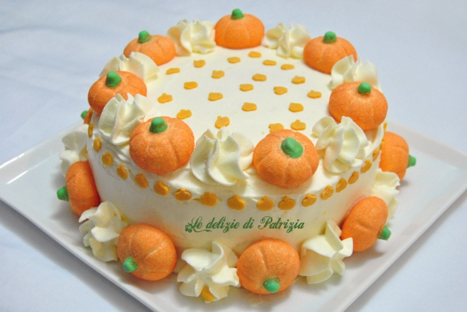 Torta di zucca con crema chantilly all'arancia