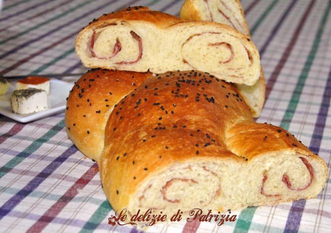 Treccia salata ai semi di nigella ©Le delizie di Patrizia Gabriella Scioni Ph