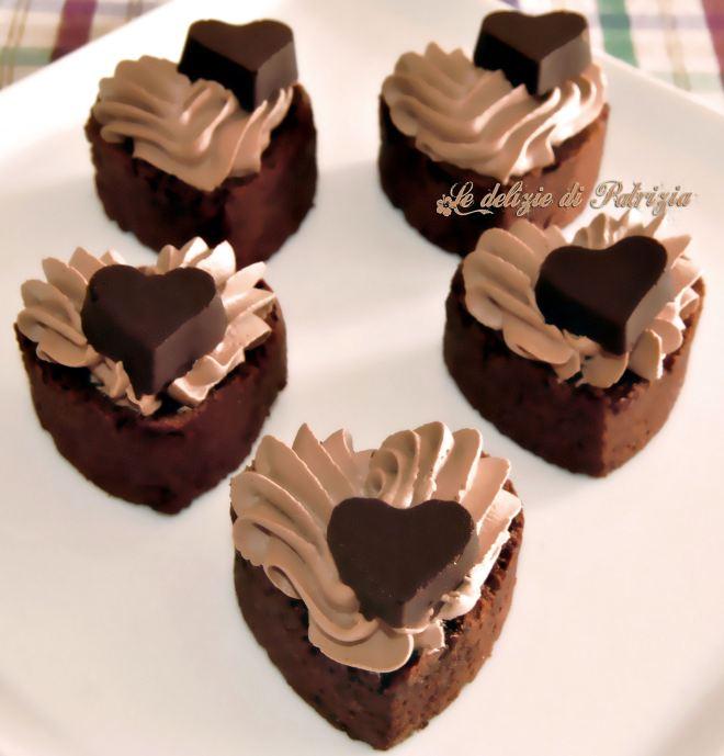Cuori con panna al cacao