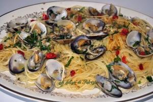 Spaghetti vongole e bottarga  ©Le delizie di Patrizia Gabriella Scioni Ph.