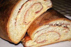 Pane al latte con prosciutto e formaggio ©Le delizie di Patrizia Gabriella Scioni