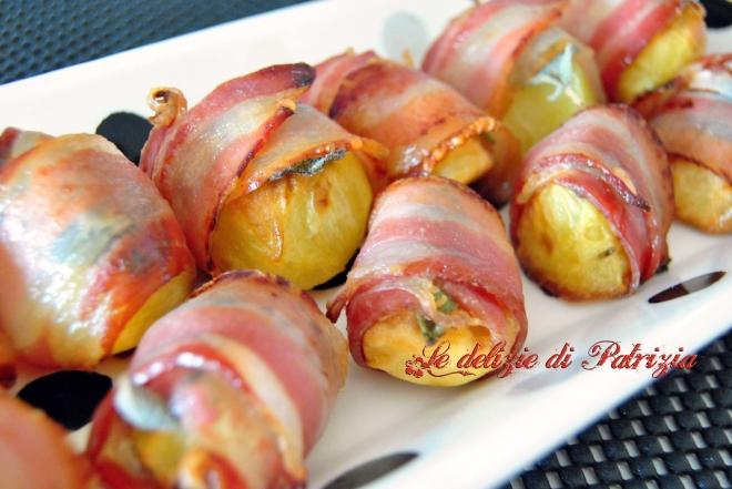 Patatine novelle al forno con pancetta affumicata