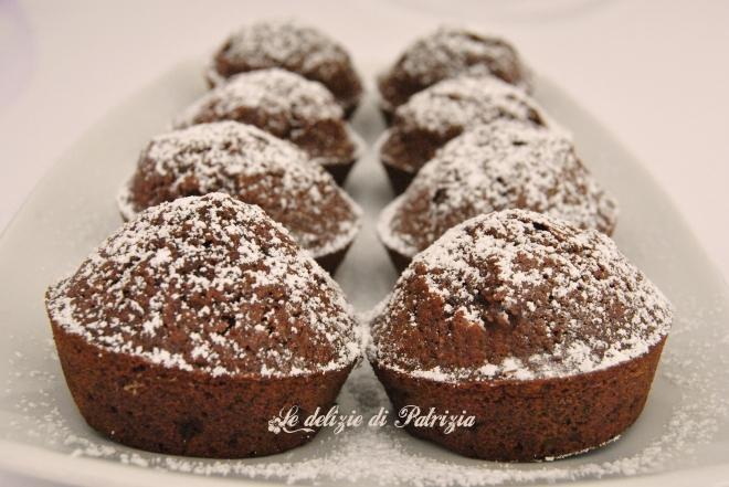 Tortine al cacao con farina di mandorle e arancia
