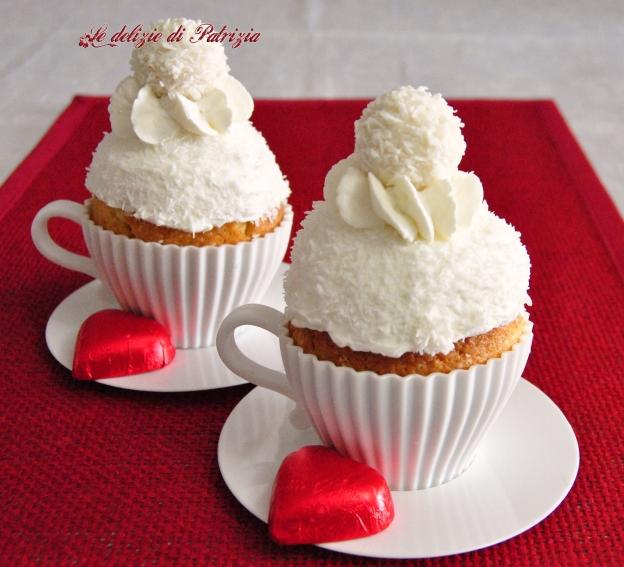 Muffin panna e cocco in tazza