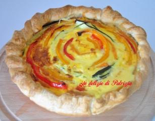 Rustico con verdure, uova e formaggio