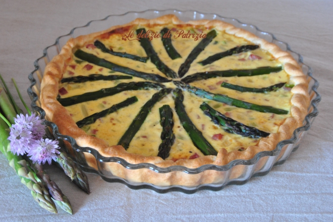 Quiche con asparagi e prosciutto cotto copia