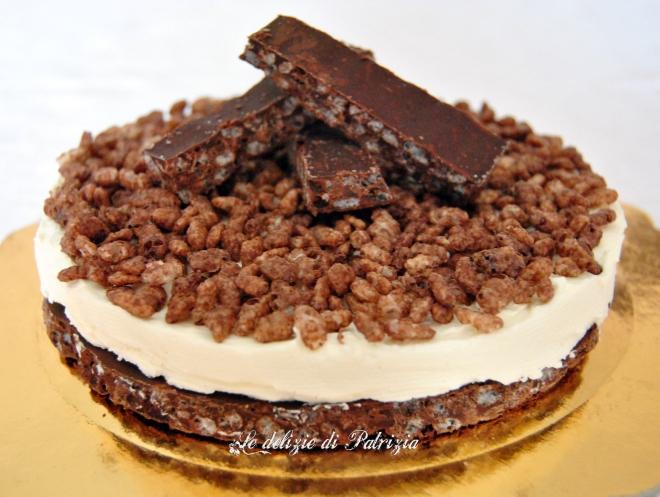 Torta con doppio cioccolato e riso soffiato al cacao