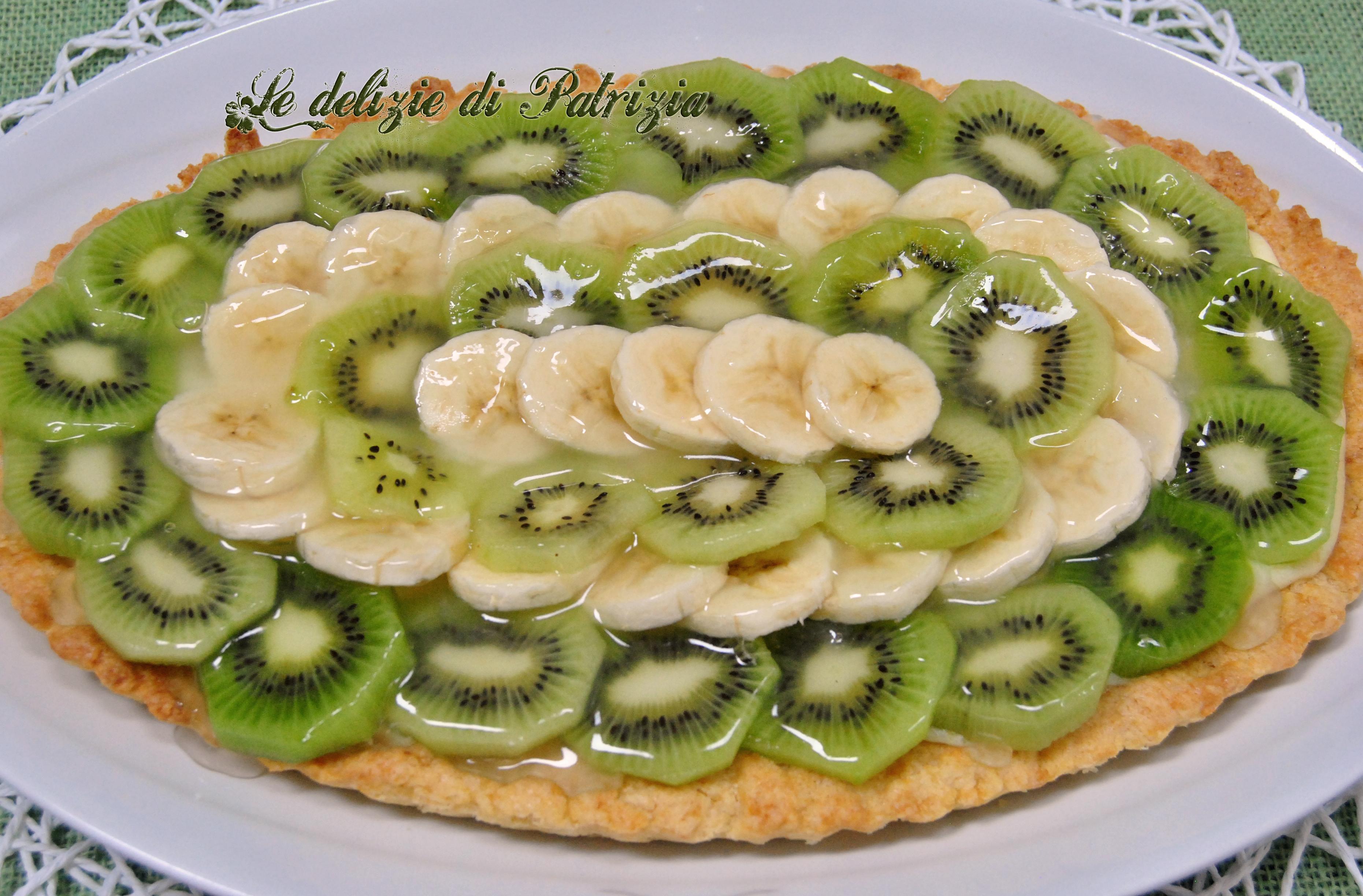 Crostata con kiwi e banane